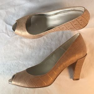ANTONIO MELANI Tan Leather/Croc Embossed Heels